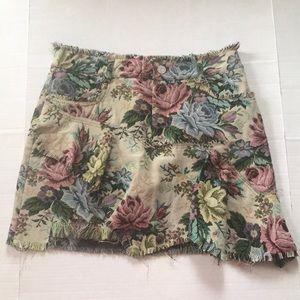 NWT Zara Woman floral ruffle skirt size small